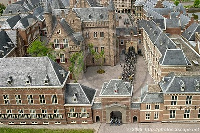 Het_Binnenhof_in_The_Hague