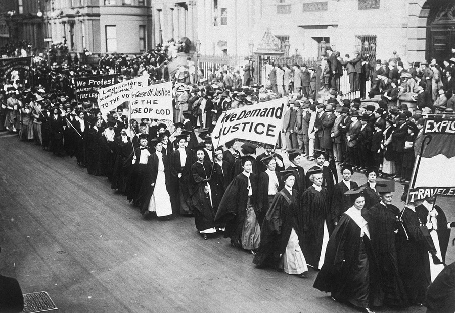 Female sufferage parade in New York, USA. (Photo by Hulton-Deutsch/Hulton-Deutsch Collection/Corbis via Getty Images)